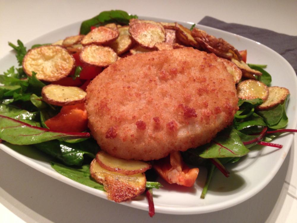 Snijbietsalade met vis en aardappels uit de oven