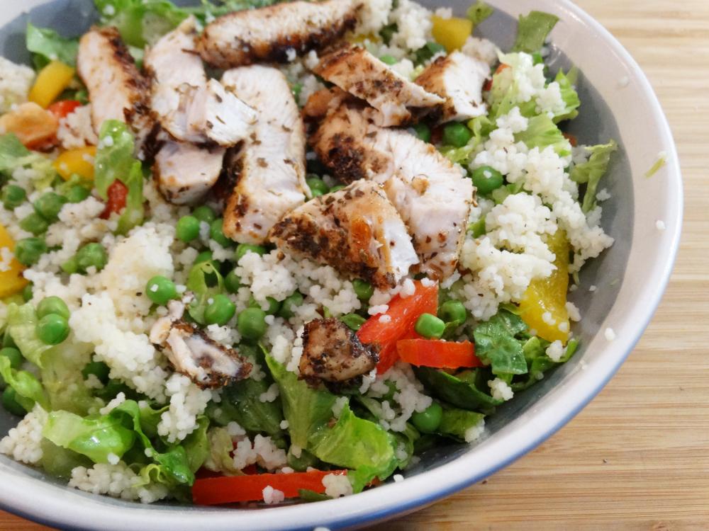 Salade met kalkoen en couscous